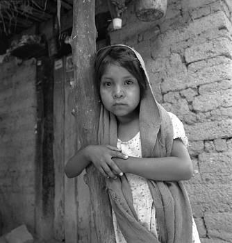 Nina Yaqui 1994 by Alejandra Platt-Torres