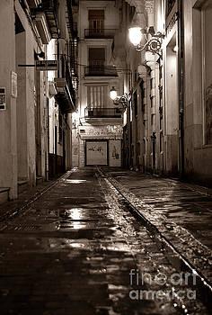 Nocturnal SOUND of Valencia by Silva Wischeropp