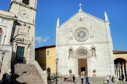 Norcia Basilica di San Benedetto by Luca Lorenzelli