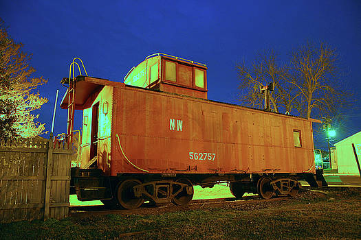 Norfolk Western 562757 Color by Joseph C Hinson Photography
