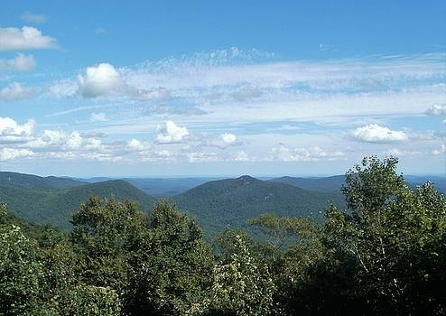 North Georgia Mountains by Glenda Barrett