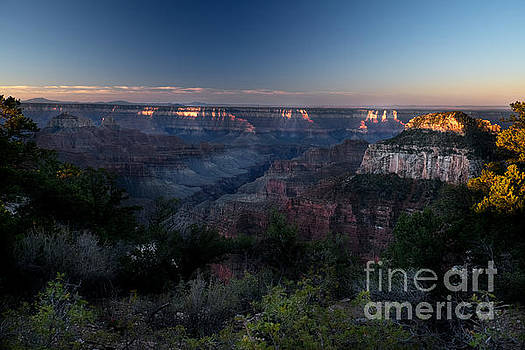 North Rim Aurora by William Fields