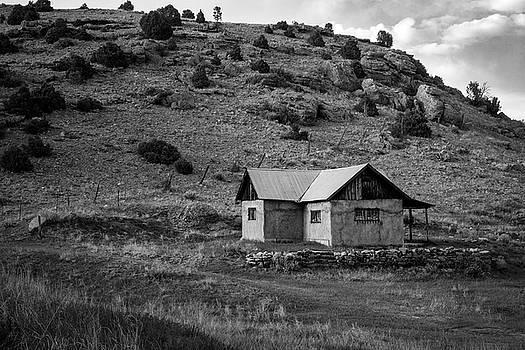 Mary Lee Dereske - Northern New Mexico Adobe