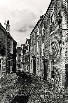 Darren Burroughs - Norwich Cathedral close Buildings