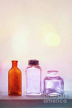 Nostalgic Brightness by Evelina Kremsdorf
