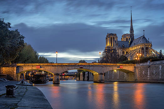 Vyacheslav Isaev - Notre Dame de Paris at blue hour