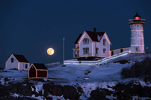 Nubble Lighthouse 2018 New Year Supermoon Cape Neddick by Toby McGuire