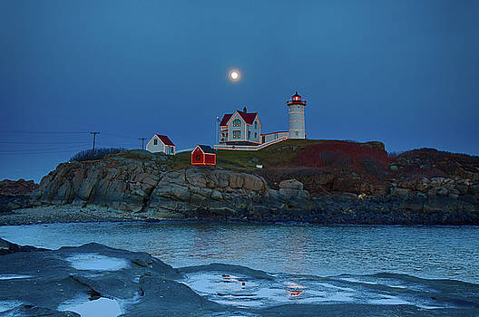 Nubble Lighthouse lit for Christmas by Jeff Folger