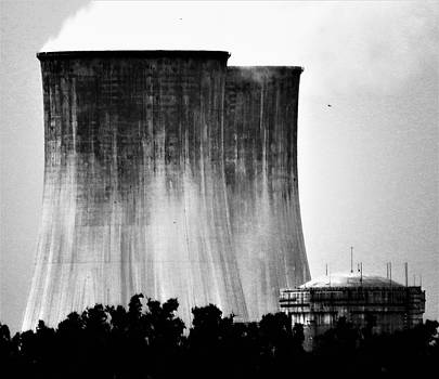 Nuclear Disaster by Mario Carta
