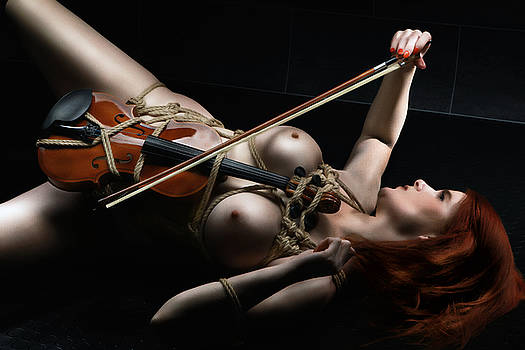 Rod Meier - Nude Violin - Fine Art of Bondage