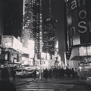 #nyc 🗽 by Melanie Conway