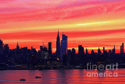Regina Geoghan - NYC Skyline-Sunrise Coral