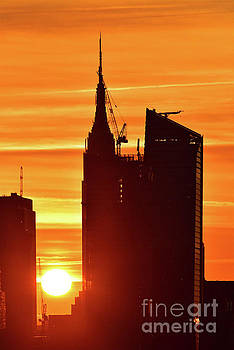 Regina Geoghan - NYC Skyscrapers as the Sun Rises