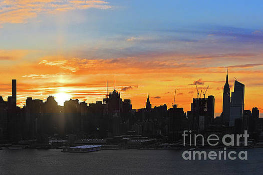 Regina Geoghan - NYC Sunrise after the Storm