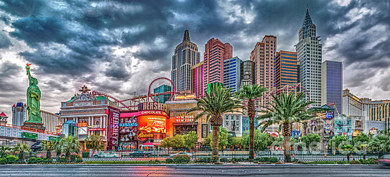 NY_NY Panorama_Las Vegas by David Zanzinger