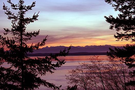 Oak Harbor Sunset 1016 by Mary Gaines