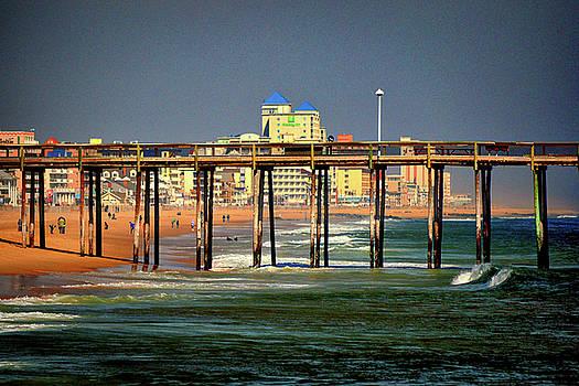 Bill Swartwout Fine Art Photography - Ocean City Fishing Pier in January
