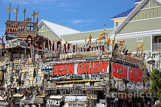 Paulette Thomas - Ocean Gallery - Boardwalk