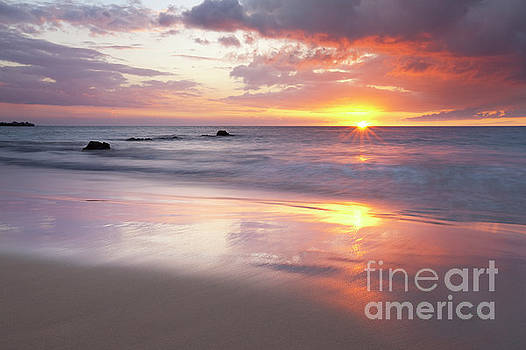 Charmian Vistaunet - Ocean Sunset - Hapuna Beach