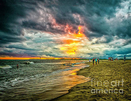 Ocean Sunset in Cape May by Nick Zelinsky