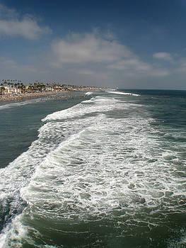 Ocean view by Kim Pascu