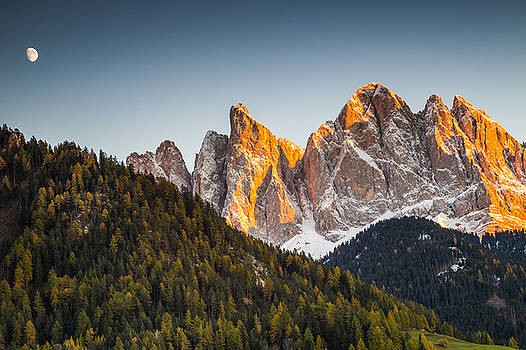 Odle peaks by Stefano Termanini