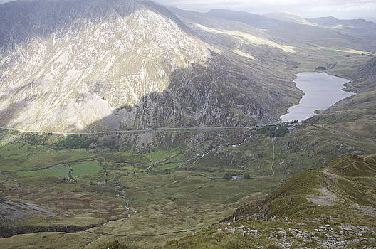 Ogwen valley and Ogwen lake Llyn by Christopher Rowlands
