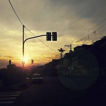Oh! Ensina-nos A Aproveitar A Vida by Leonardo Mendes