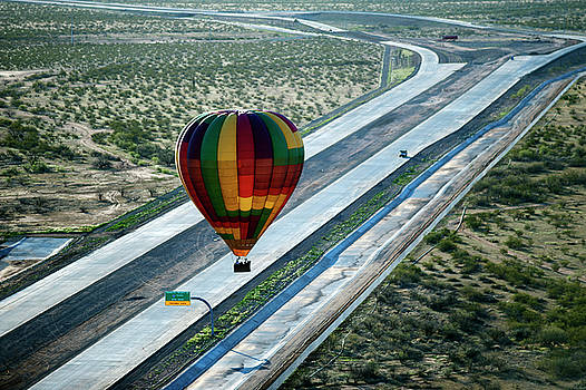 Oh Look Margaret Hot Air Balloons by Frank Feliciano
