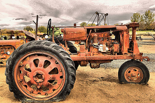 Old and Rusty by Jeff Swan