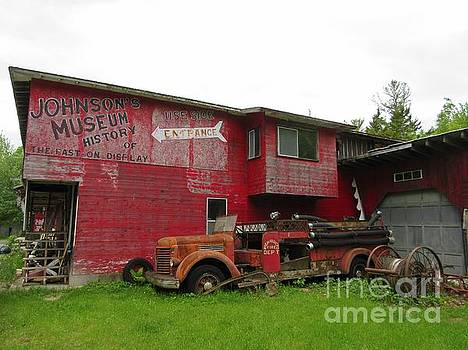 Crystal Loppie - Old Antique Shop and Museum