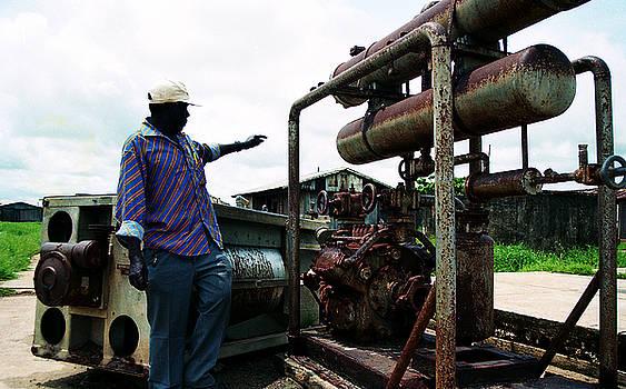 Muyiwa OSIFUYE - Old Ayetoro Machine