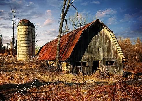 Old Barn 3 by Scott Fracasso