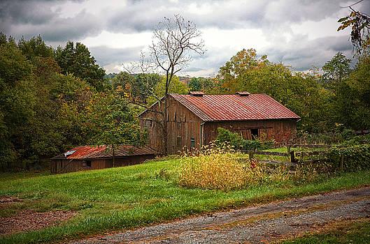 Old Barn 6 by Scott Fracasso