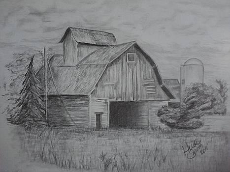 Old Barn by Heidi Smith