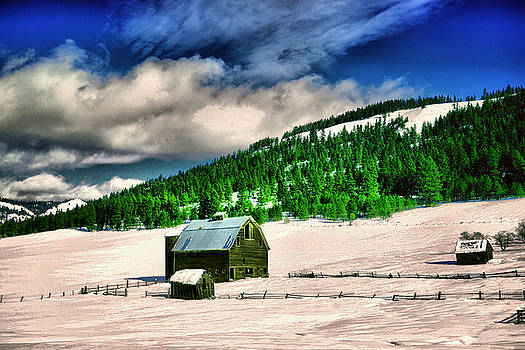 Old barn in snow by Jeff Swan
