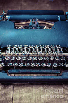 Edward Fielding - Old blue typewriter