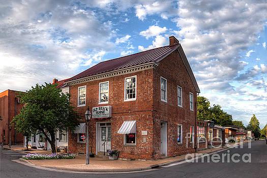 Larry Braun - Old Brick House