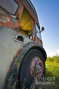 Svetlana Sewell - Old Bus