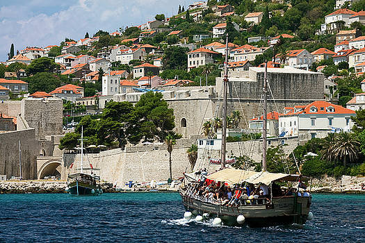 Old Dubrovnik and Tourboat by Sally Weigand