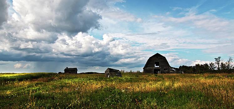 Old Farm by Melanie Janzen