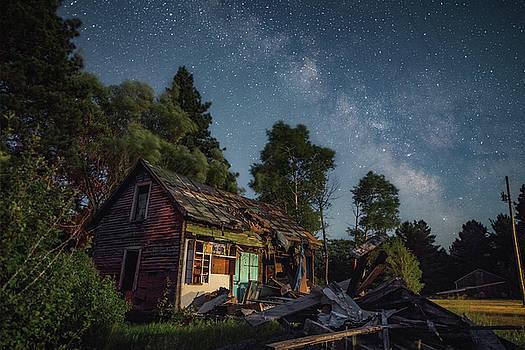 Old Farmhouse  by Marybeth Kiczenski