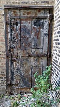 Zac AlleyWalker Lowing - Old friend, old door