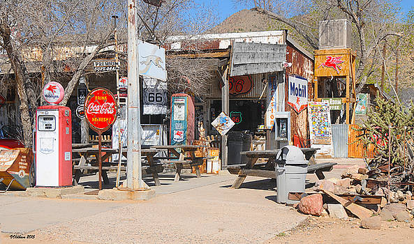Victoria Oldham - Old Gas Station, Historic Route 66
