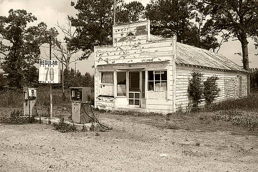 Old Gas Station by Tom McElvy