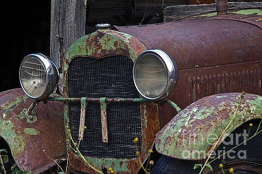 Old green truck by Anthony Jones