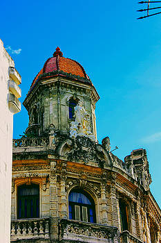 Old Havana Building by Mark J Dunn