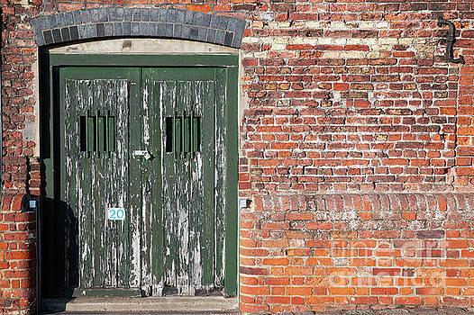 Simon Bratt Photography LRPS - Old locked dock side doors