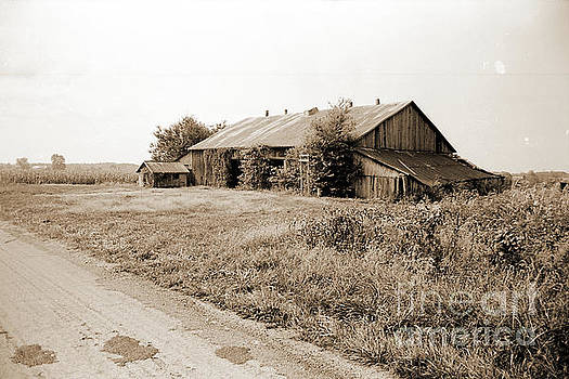 Gary Wonning - Old Midwestern country barn