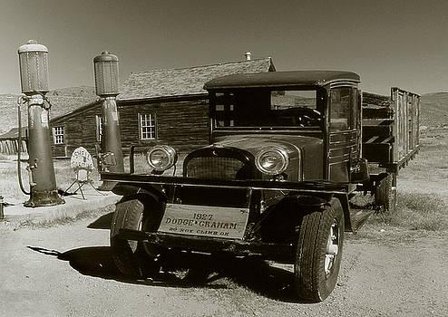 Peter Potter - Old Pickup Truck 1927 - Vintage Photo Art Print